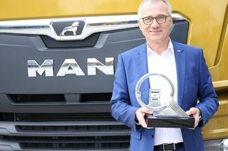 """SIMPLY THE BEST"": MAN TGX - TRUCK OF THE YEAR 2021!"
